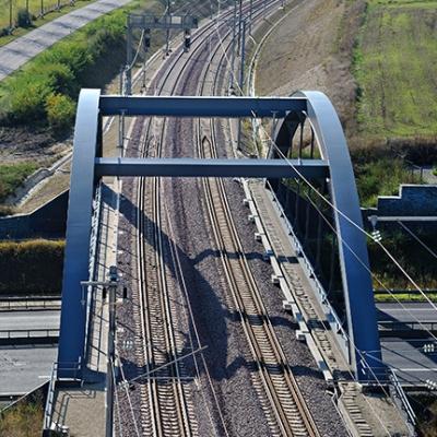 Pont ferroviaire sur autoroute A6