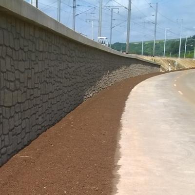 Réfection du talus ferroviaire et réalisation des nouveaux supports caténaires